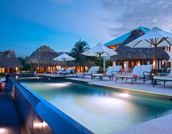 Main infinity pool at Victoria House Resort and Spa