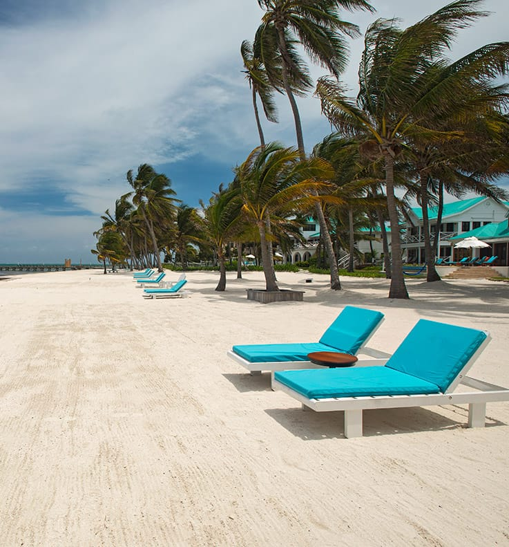 Long white sand beach at Victoria House Resort and Spa