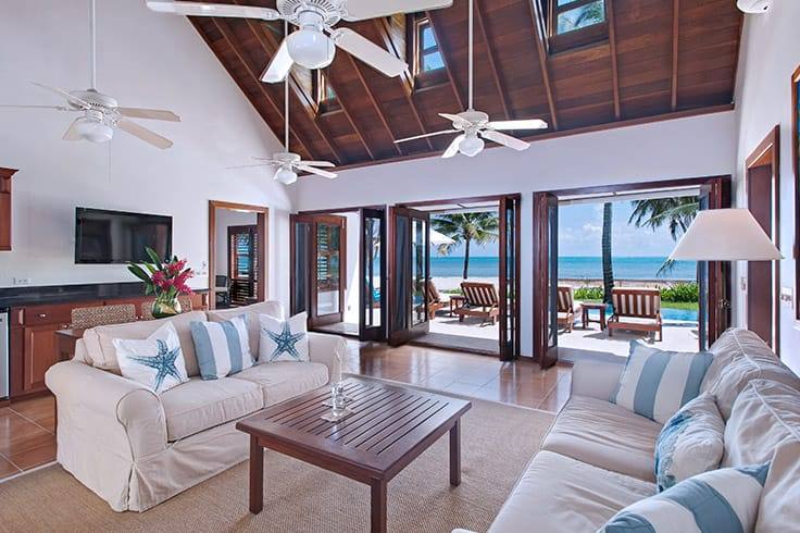 Living area in Casa Playa Blanca at Victoria House Resort and Spa
