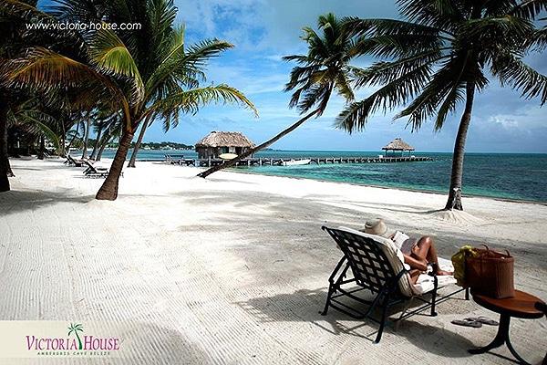 Belize romantic getaway a couple s perfect hideaway for Perfect weekend getaways for couples