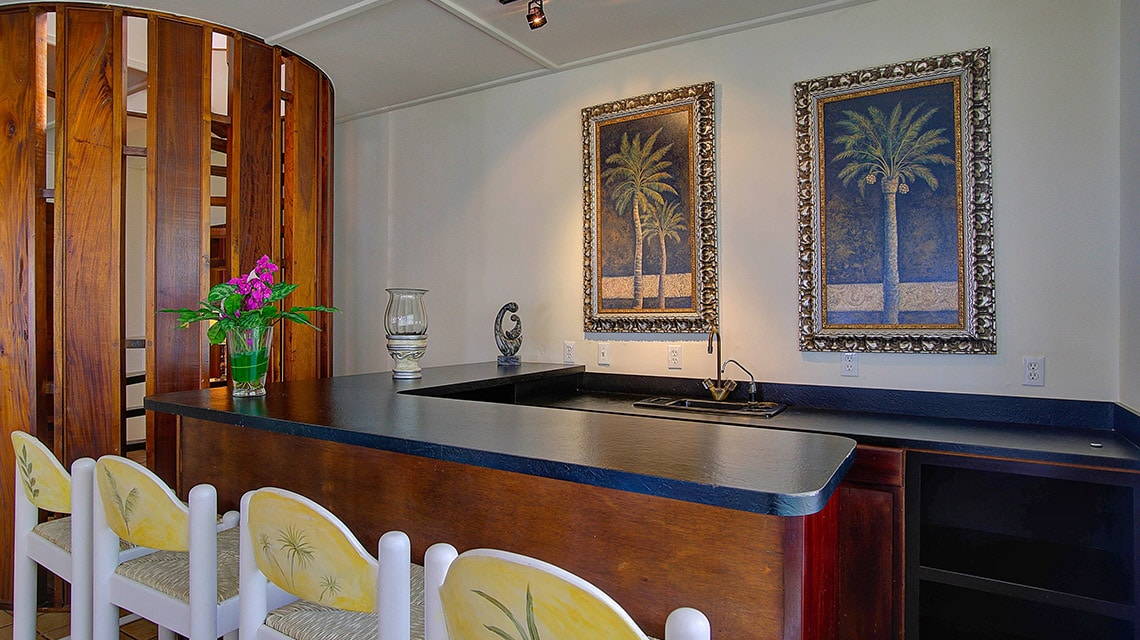 Bar in Casa Azul at Victoria House Resort and Spa, Belize