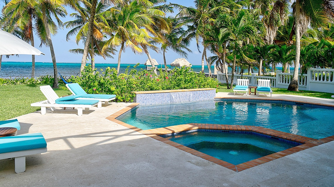 Private pool at Casa Azul in Victoria House Resort and Spa, Belize